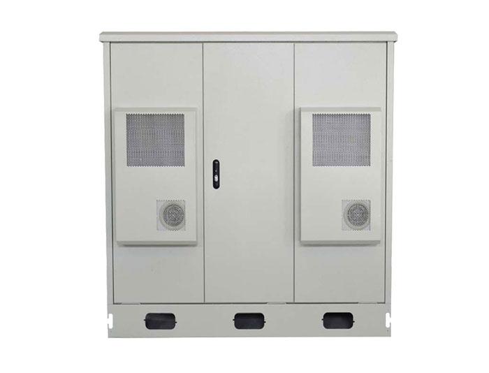 42U IP55 Outdoor Cabinet With Air Heat Exchanger MTC42U-DK